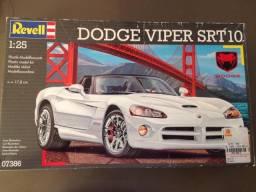 Kit Revell Dodge Viper SRT10