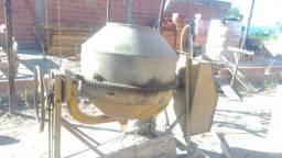 Alugo betoneira 400l
