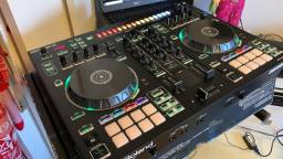 CONTROLADORA ROLAND DJ 505