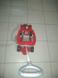 Carrinho Ferrari vermelho