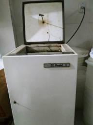 Máquina de picolé e Liquidificador