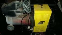 Vendo compressor e máquina de solda 220 volt
