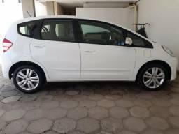 Honda fit ex 1.5 automatico 4 pneus zero carro realmente para quem.e exigente - 2013