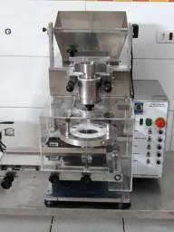 Maquina maqtiva de fazer salgados 2 mil por hora de 08 até 180 gramas