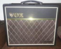 Caixa pre-valvulada Vox valvetornix 30w