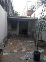Casa na Jerónimo Pimentel paga fins comercial 4 mil aluguel