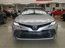 Toyota Camry XLE 4P - 2019