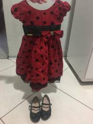 Vestido e sapatilha