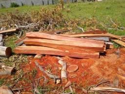 Mourão de madeira(eucalipto cerne)