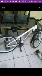 Vende se bicicleta fireteck de alumínio freio a disco na frente e trás 800 reais