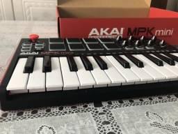 Controlador Akai Mpk Mini