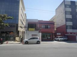 Amaralina - Prédio com 2 Pavimentos - 12 salas em frete a Semob