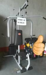Estação de musculação nova