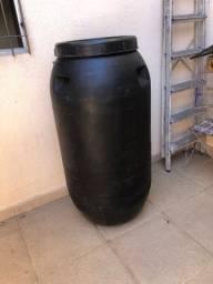Bomba reservatório de água