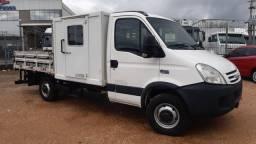 """Iveco Daily 45S14 cab. auxiliar 08 lugares """"A mais nova do RS"""""""