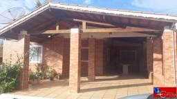 Oportunidade! Chalé 3 quartos, 2 suítes, laje, varanda com churrasqueira, área de serviço