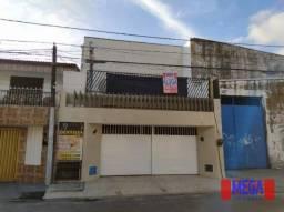 Kitnet com 1 quarto para alugar, próximo à Av. João Pessoa