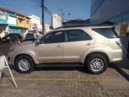 SW4 2013 Completa, 5 lugares SRV 3.0 Diesel automatica