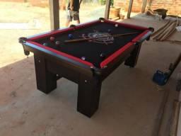 Mesa de Bilhar Personalizada Preta TX Tecido Preto Bordas Vermelhas
