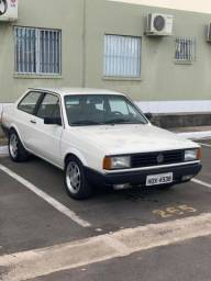 Vendo Voyage 1.6 AP turbo 1989, veículo muito bem conservado