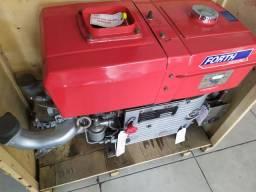 Motor estacionário 32cv Forth