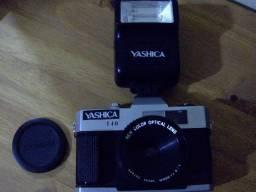 Câmera fotográfica analógica Yashika