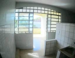 Casa com 256m2 no bairro Marambaia