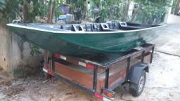 Barco seme chato 5 metros 4 mil.
