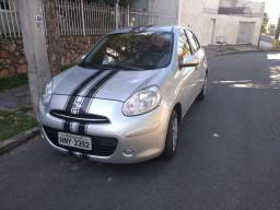 Nissan March 1.0 completo 2013