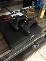 Xbox 360 c/ Kitnet