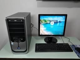Console Core 2 Duo E7400- 4 Gb- Hd 160- Lcd 17 / ac. Cartão - Pix