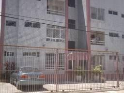 Boa Viagem perto atras BIGBompreço  e Shopping Recife 850,00 incluso Condominio