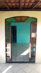 Título do anúncio: Aluga-se casa em itapuã
