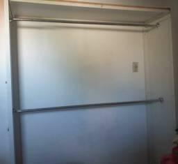 Closet branco  boacondição