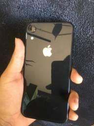 iPhone XR64GB vitrine