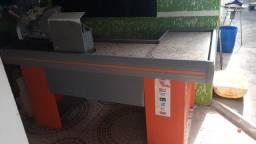 Balcão caixa e expositor de chão