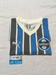 Camiseta retrô do Grêmio com ingresso