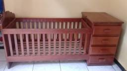 Berço cômoda de madeira