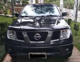 Nissan Frontier - Xe - 2010