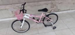 Vendo uma bicicleta feminina