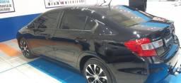 Honda Civic em perfeito estado baixa quilometragem