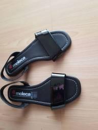 Vendo sandália nova e sapato novo