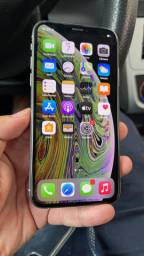 iPhone xs64  na caixa completo aceito cartão