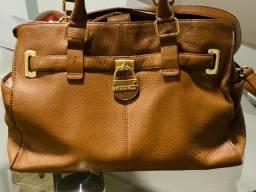 Vendo linda bolsa de couro original da Calvin Klein