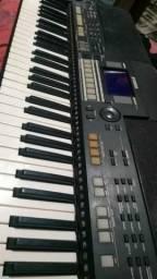 Vendo esse teclado PSRS550