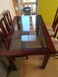 Mesa com tampa de vidro 4cadeiras