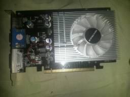 Placa de vídeo 2gb gt730 128bit DDR 3