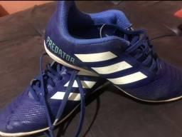 Chuteira Adidas n35 futsal