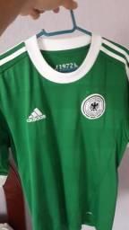 Camisa e jaqueta adidas Alemanha