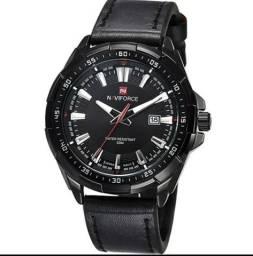 Relógio NAVIFORCE 100% original com pulseira de couro na caixa completo, top!